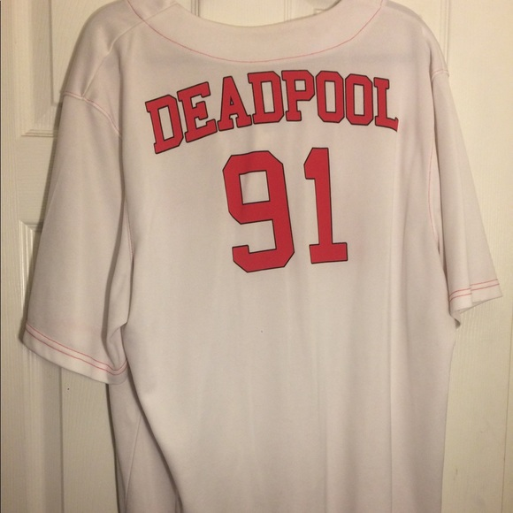Red Tacos 91  Mens Medium Large Extra Large xl NWT Deadpool Baseball Jersey